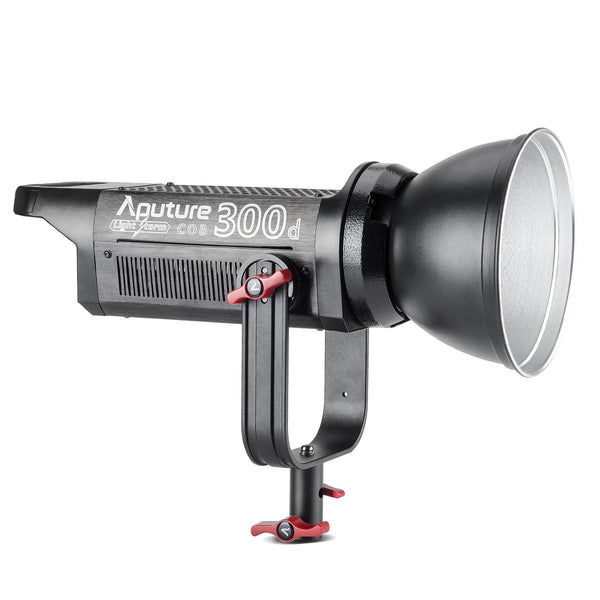 Aputure Light Storm LS C 300D, CRI 95+ TLCI 96+ Guarantees Natural