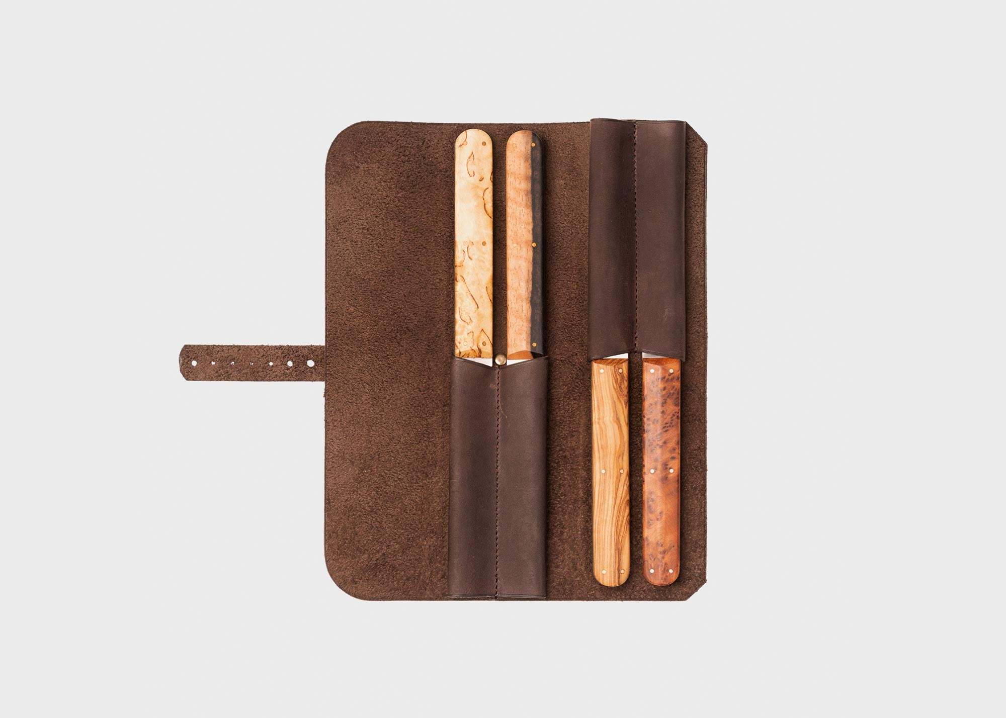 LEATHER BUNDLE FOR TABLE OR STEAK KNIVES
