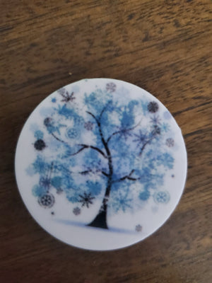 Decorated Tree Phone Socket *2 colors to choose from*