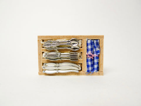 Cutlery and Napkin Set