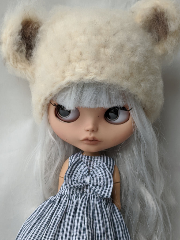 Blythe Doll Dress and Fuzzy Bear Hat Set