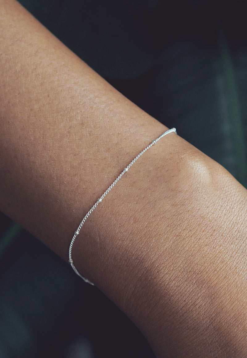 DANA. Dotted Sterling Silver Chain Bracelet