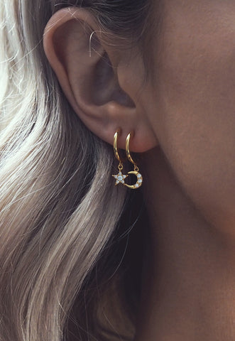 SEIENA. Gold Chain Tassel Drop Earrings