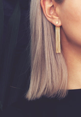 CASA. Cowrie Shell Hoop Earrings in Gold