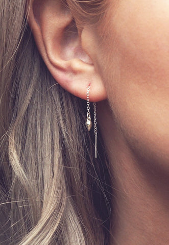 EDIE. Circle Statement Gold Earrings