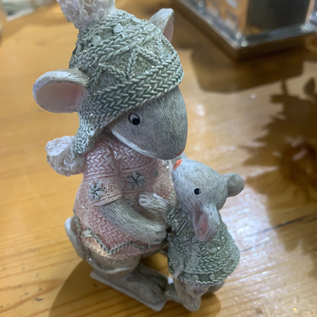 Mouse with Baby Figurine - New Lanark Spinning Company