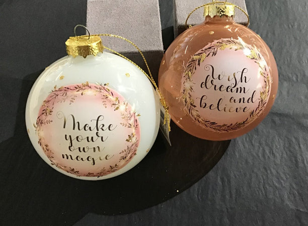 Xmas 2020 - Glass Bauble With Sayings - New Lanark Spinning Company