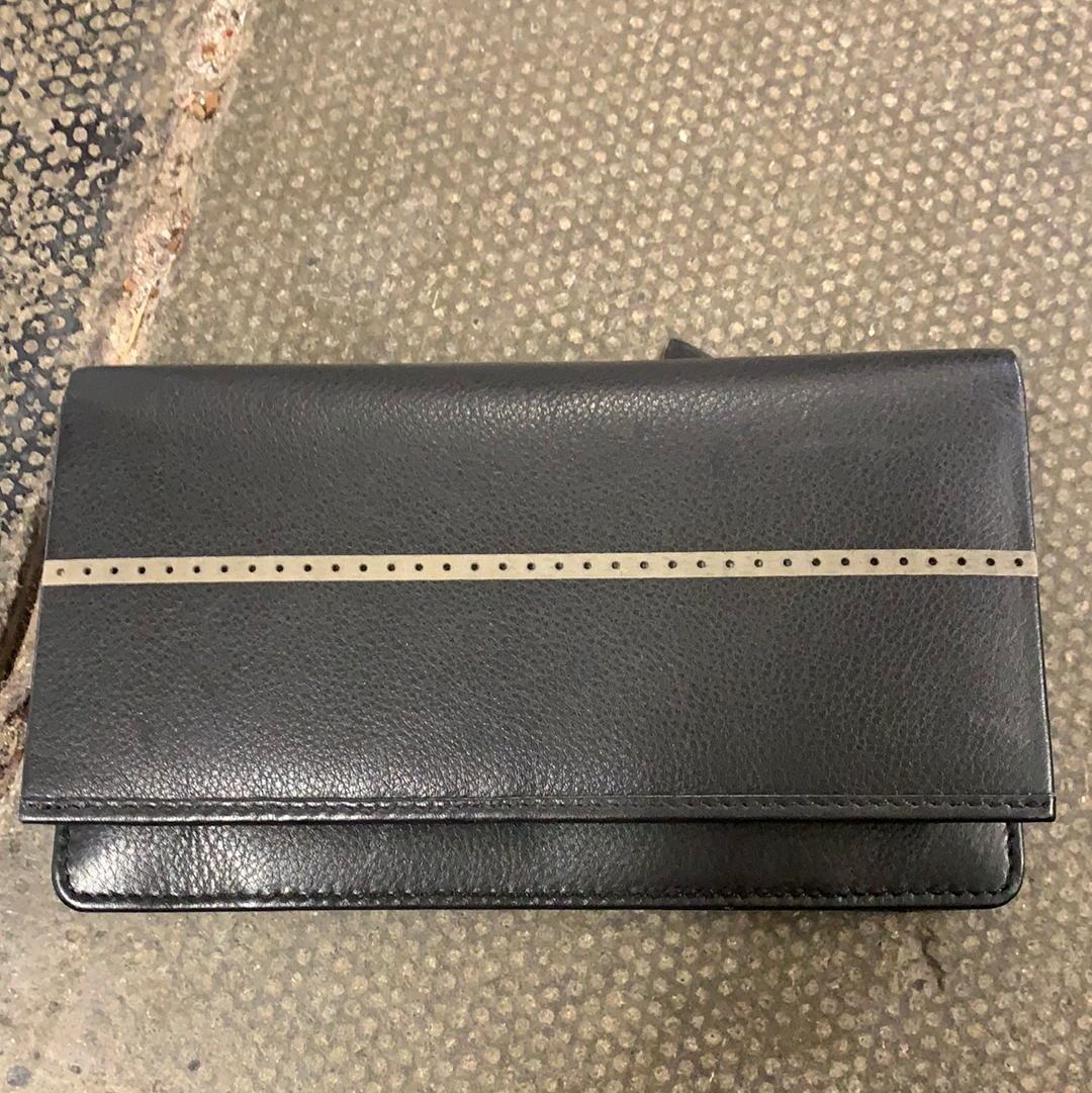 Black Purse with Grey Line 7-1223