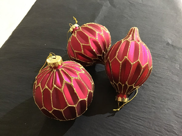 Xmas 2020 - Assorted Bordeaux Baubles