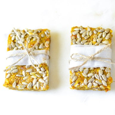 Recipe: Turmeric Mango Energy Bars
