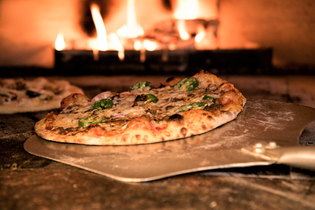 -Pizza in Pizza Oven