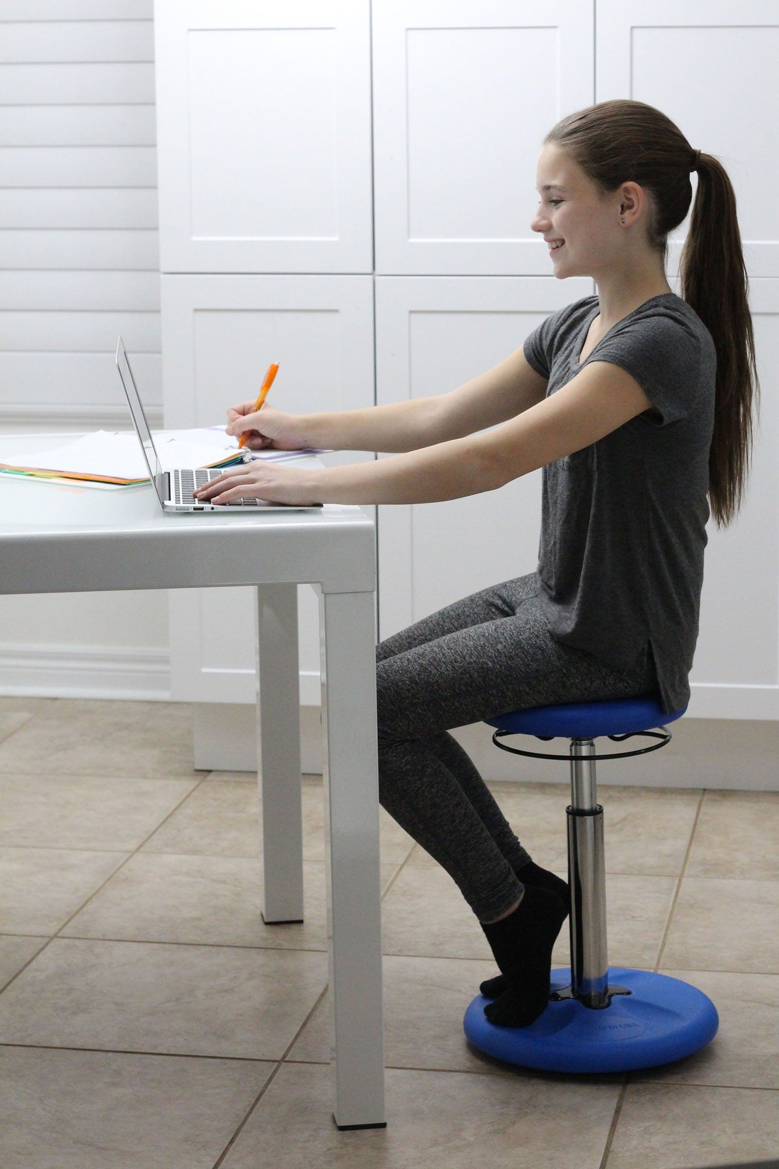 "Kore Patented ADJUSTABLE height Wobble Chair, Adjusts from 15.5"" to 21.5"""