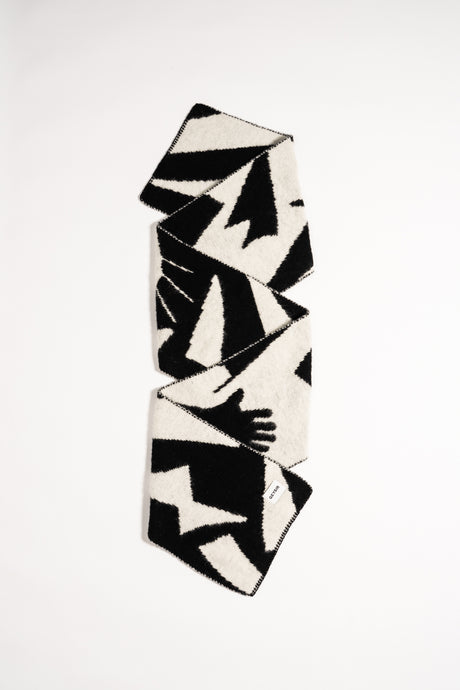 Form Scarf — Black & White