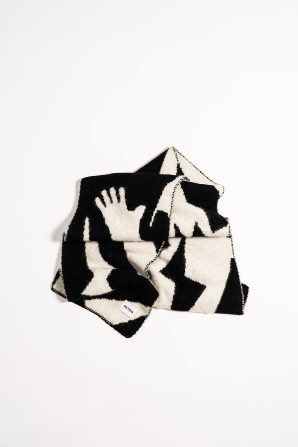Load image into Gallery viewer, Form Scarf — Black & White