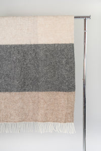 Mosi Natural — Icelandic Wool Blanket