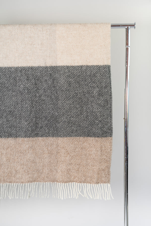 Load image into Gallery viewer, Mosi Natural — Icelandic Wool Blanket
