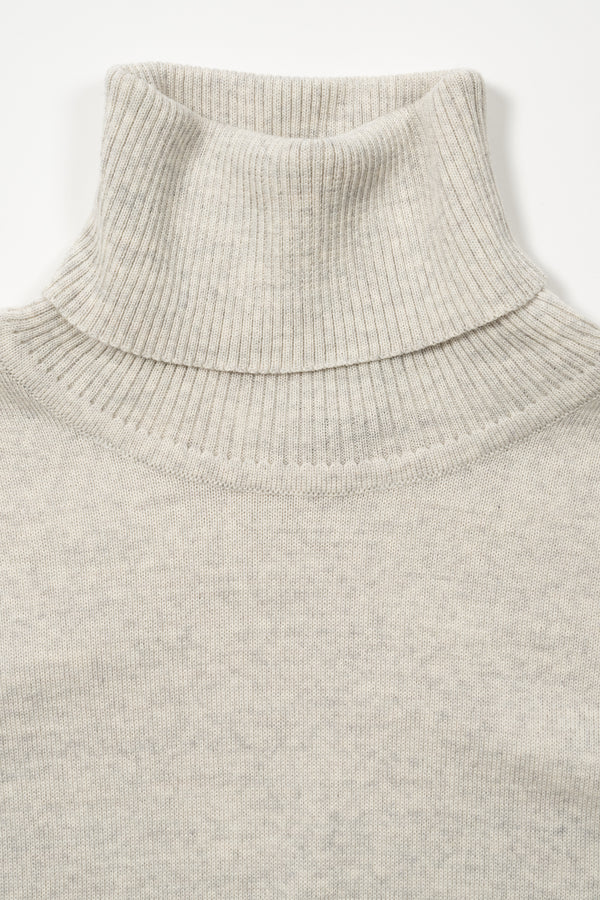 Load image into Gallery viewer, Eir Merino Wool Top — Silver Grey