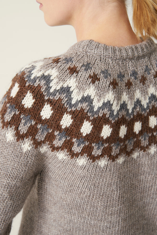 Load image into Gallery viewer, Hrefna Wool Sweater — Light Brown