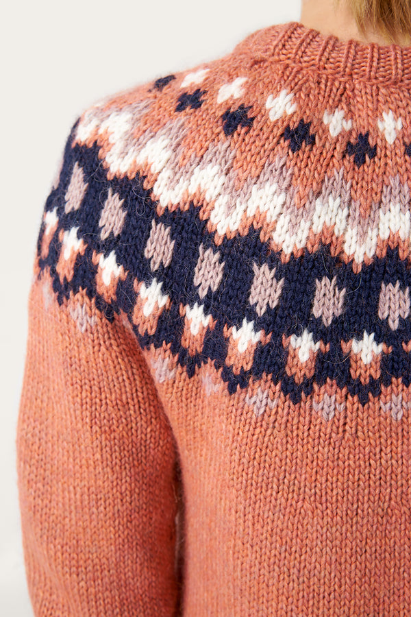 Load image into Gallery viewer, Hrefna Wool Sweater — Salmon Pink