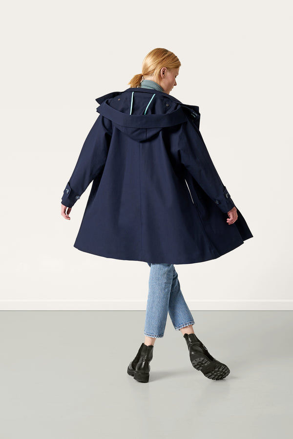Load image into Gallery viewer, Ronja Cape — Navy