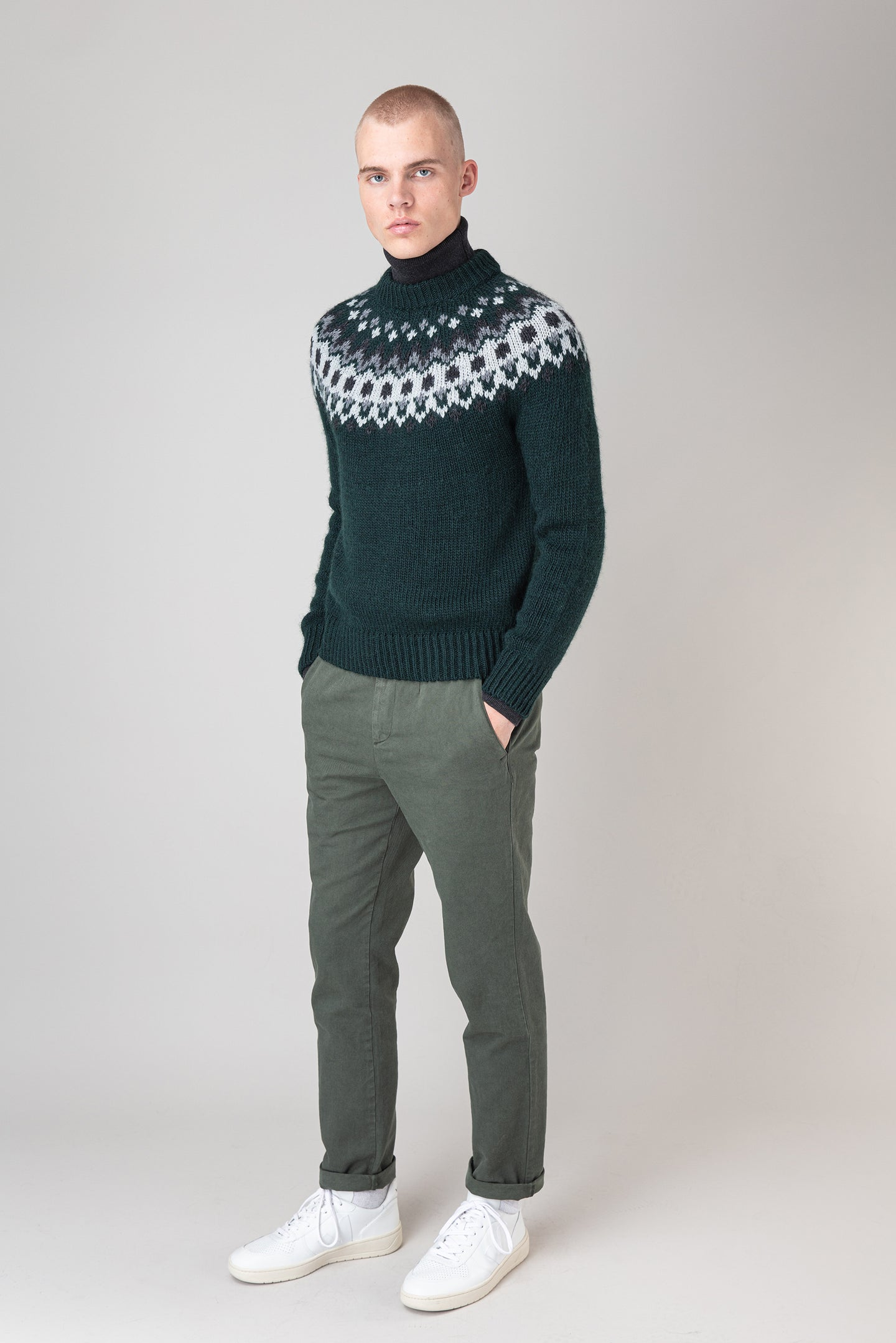 Fálki Wool Sweater — Green