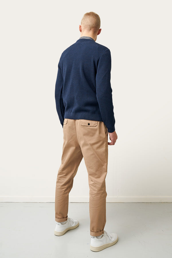 Load image into Gallery viewer, Ernir Merino Sweater — Navy
