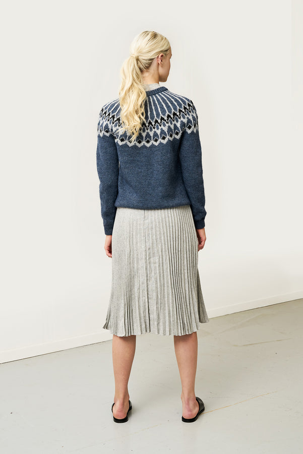 Load image into Gallery viewer, Urður Wool Sweater — Blue