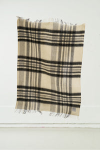 Hlíð Icelandic Wool Blanket — Natural White