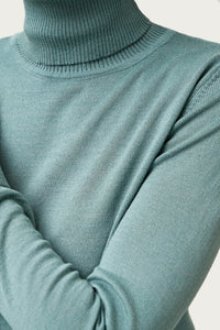 Eir Merino Wool Top — Cadet Blue