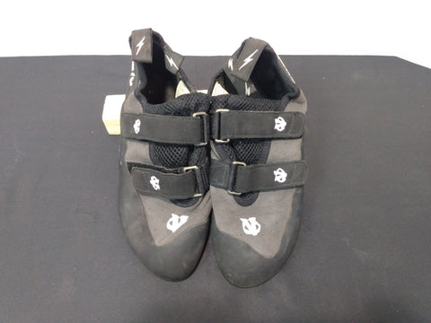 evolv climbing shoe M 9.5