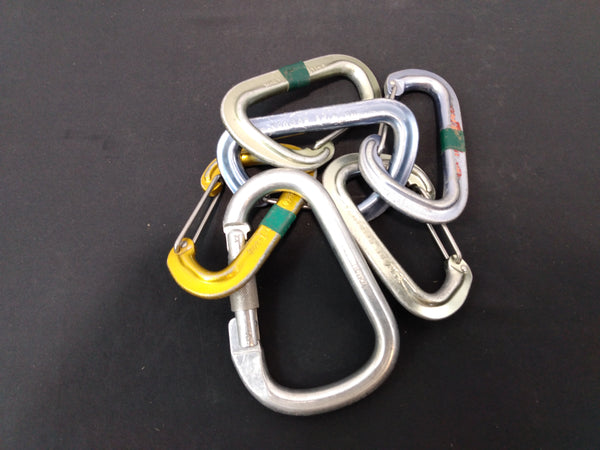 Assorted climbimg carabiners