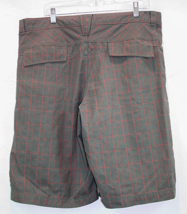 Mountain Hardwear Day Shorts - Men's 36""