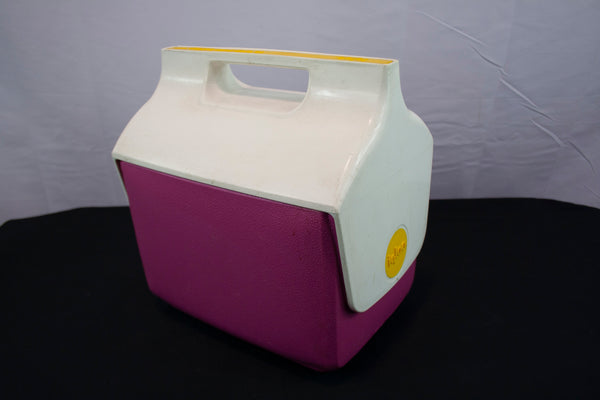 Igloo Mini Mate Pink Cooler