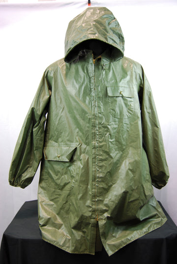 Abercrombie & Fitch Medium Rain Shell