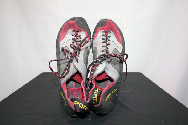 La Sportiva Nago Climbing Shoes (Men's 10, Women's 11, EU 43)