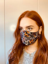 Load image into Gallery viewer, CEDAR & ONYX - Fabric Face Mask (Floral)
