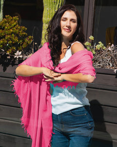EVERYDAY CASHMERE - Supersoft Cashmere Scarf (Hot Pink)