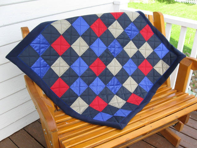 Sew a quilt or patchwork for your outdoor activities