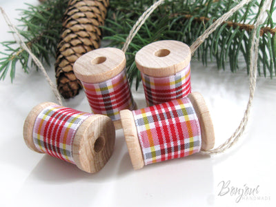 Fun Chrismas ornaments for sewists