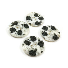 Load image into Gallery viewer, Flower buttons - Mother of Pearl Shell Buttons 30mm - set of 4 eco friendly natural buttons