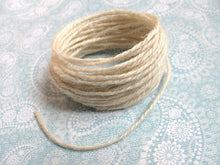 Load image into Gallery viewer, Natural thick jute twine - 5m - Two colors available