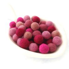 Load image into Gallery viewer, Felt Balls Pinky Pink Color Mix - 50 Pure Wool Beads 10mm felt balls