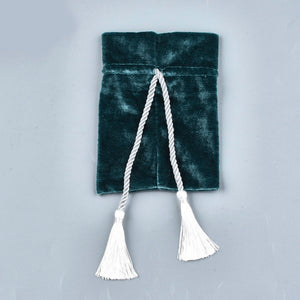 Emerald velvet pouch bag with tassel rope