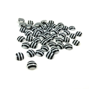 7-8mm white and black round resin cabochons - set of 50 cabochons