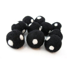Load image into Gallery viewer, Felt Balls Black and White - 10 Pure Wool Beads 20mm - Dots -