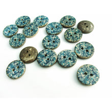 Load image into Gallery viewer, 6 Coconut Shell Buttons 15mm - Blue Cottage Pattern