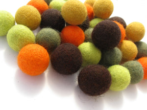 Felted balls 2cm - Fall colors mix - 35 pure wool beads