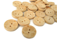 Load image into Gallery viewer, Wooden button - Flower Pattern Unfinished Wood Sewing Buttons Natural Color 20mm - set of 12
