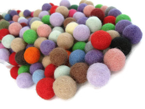 Felt Balls Color Mix - 50 Pure Wool Beads 15mm - Multicolor Shades