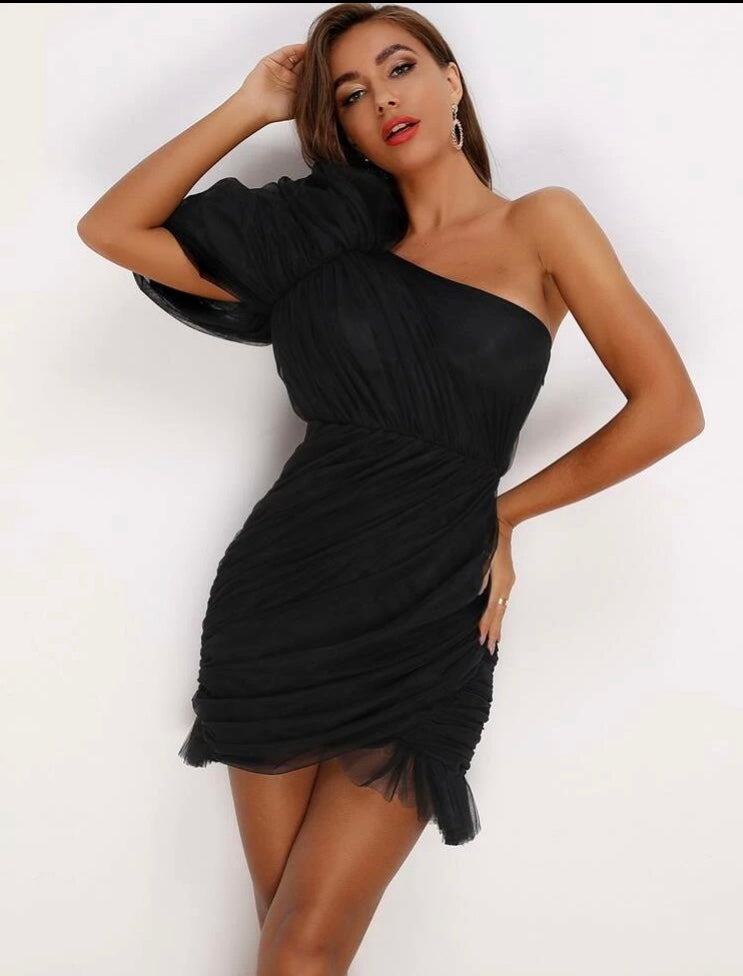 Aylin Black Dress